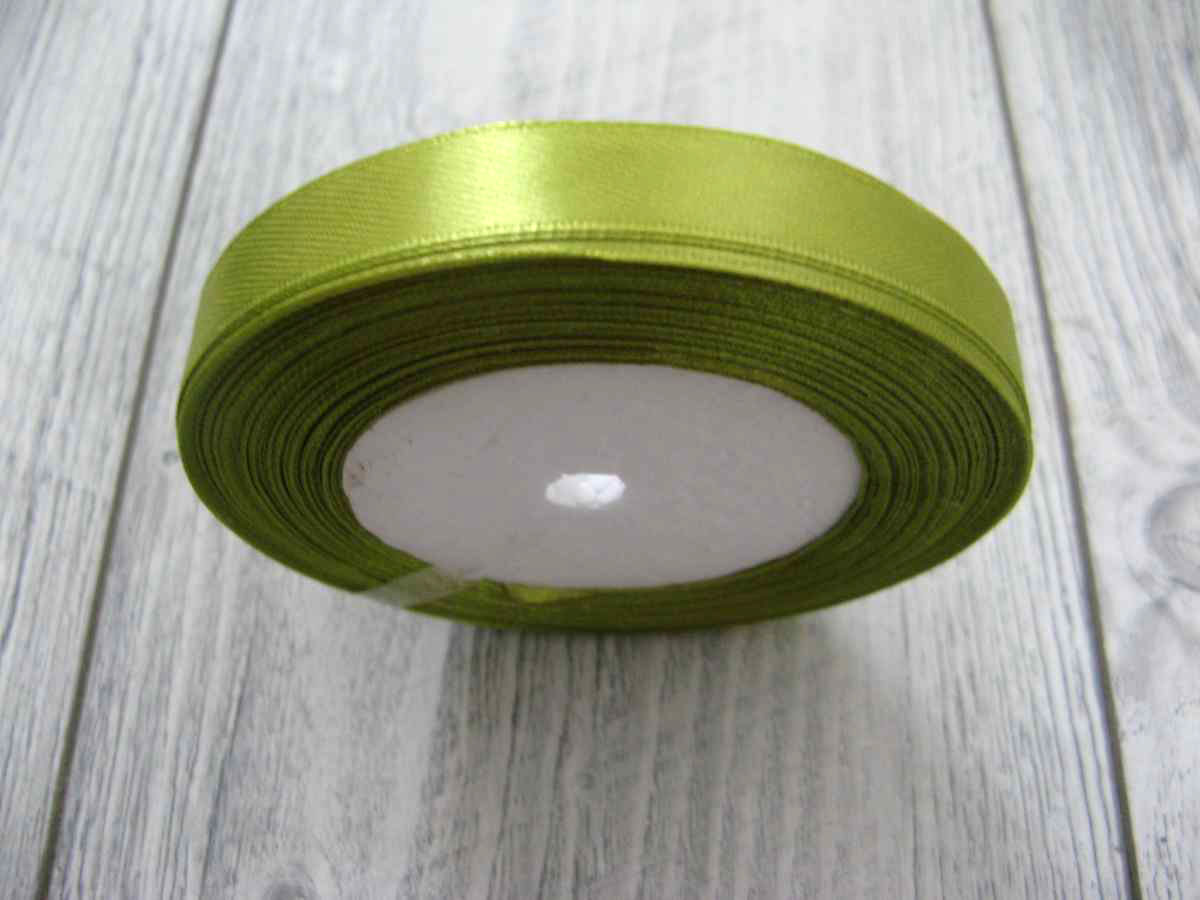Saténová stuha zelená - Green obr.1 - evkakvety-eshop.eu