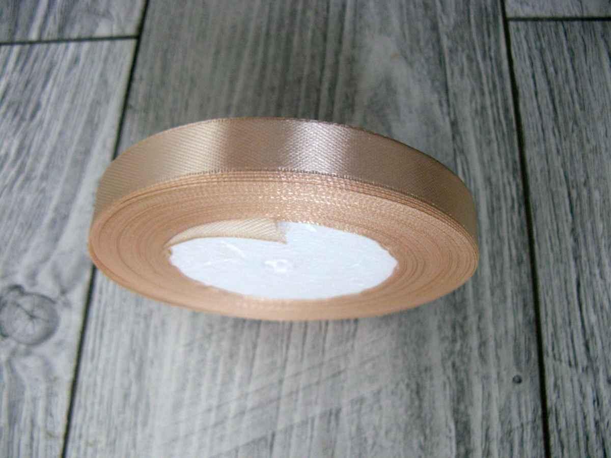 Saténová stuha krémová - True Cream obr.1 - evkakvety-eshop.eu