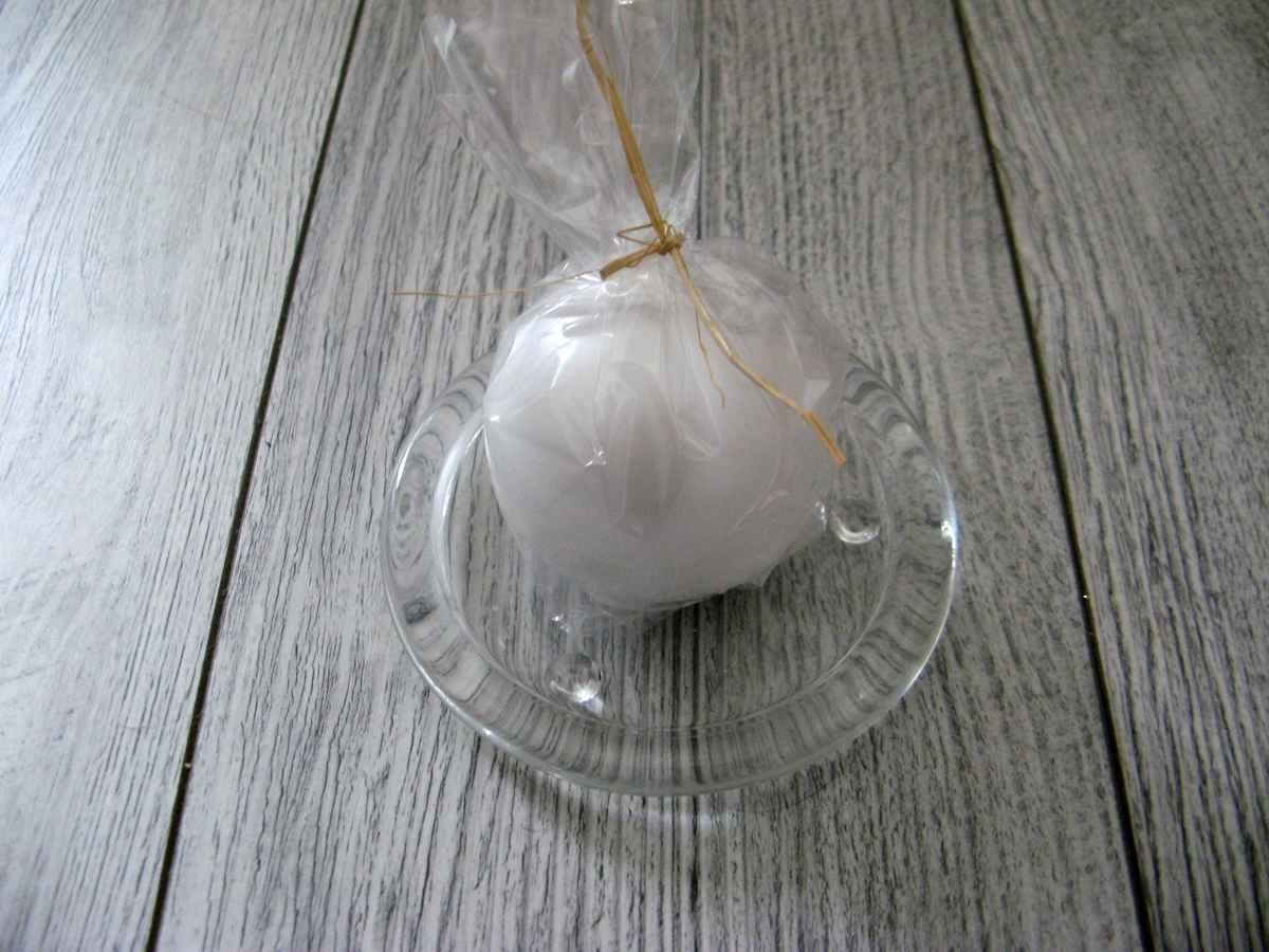 Sviečka guľa 6cm biela perlová obr.2 - evkakvety-eshop.eu