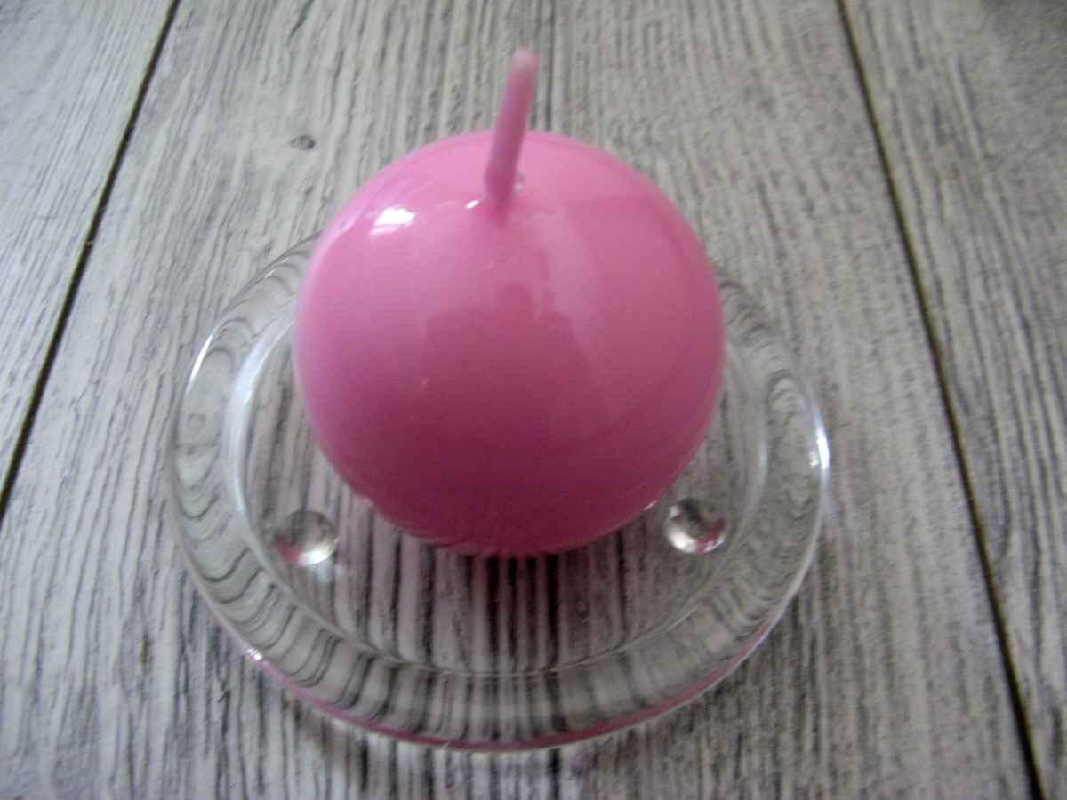 Sviečka guľa 6cm ružová lakovaná obr.1 - evkakvety-eshop.eu