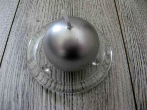 Sviečka guľa 6cm strieborná metalíza obr.1 - evkakvety-eshop.eu