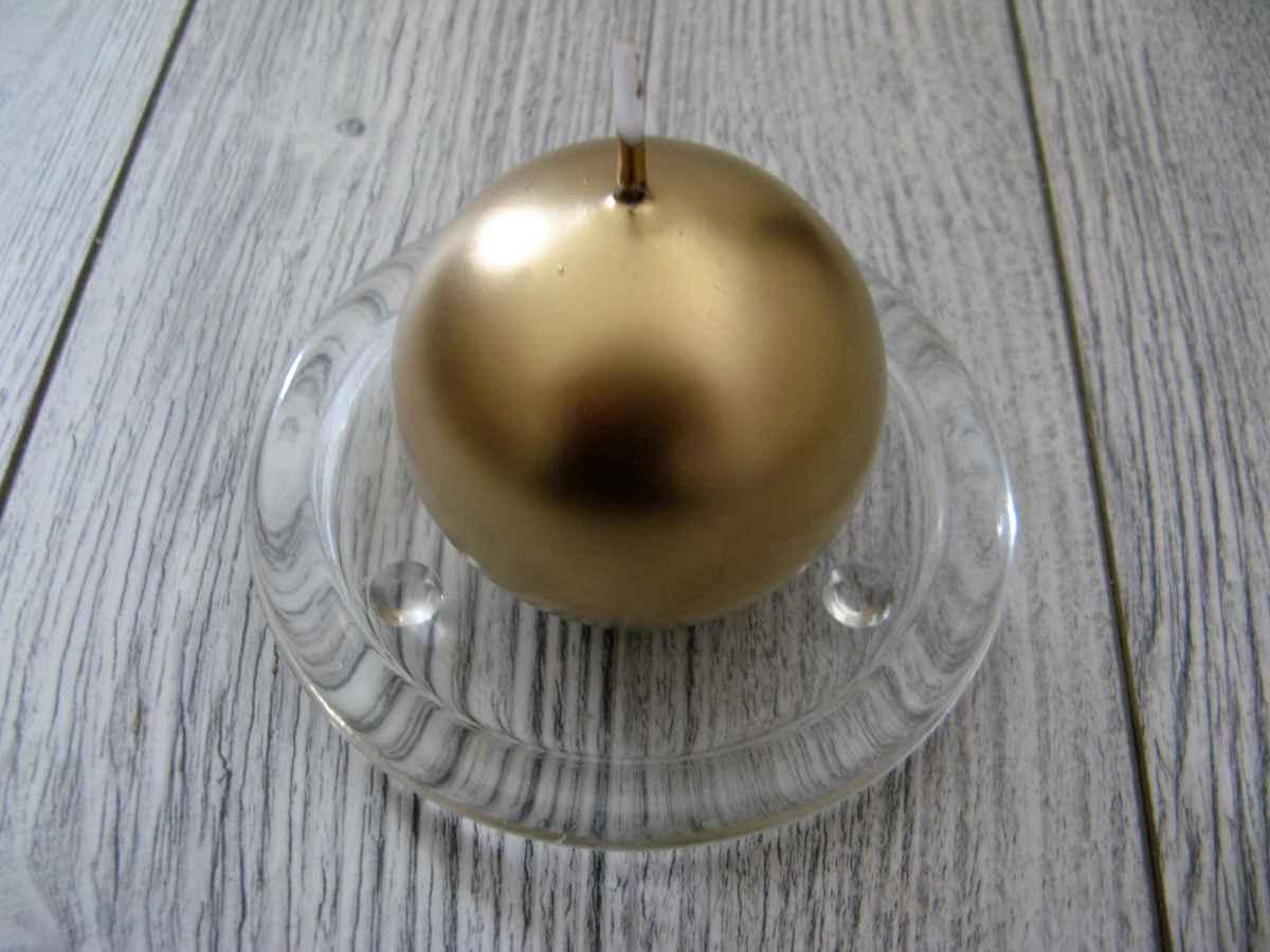Sviečka guľa 6cm zlatá metalíza obr.1 – evkakvety-eshop.eu