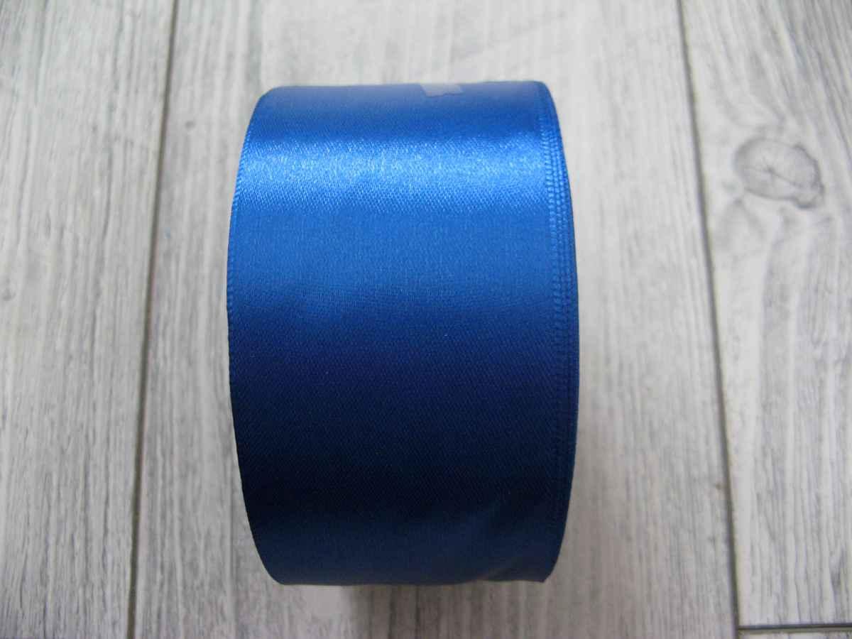 Saténová stuha modrá - Blue 50mm x 32m obr.3 - evkakvety-eshop.eu