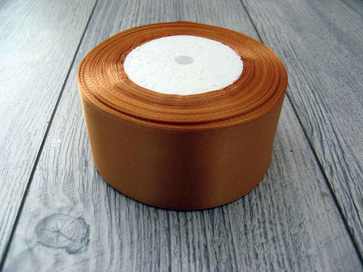 Saténová stuha zlatá - Gold 50mm x 32m obr.1 - evkakvety-eshop.eu