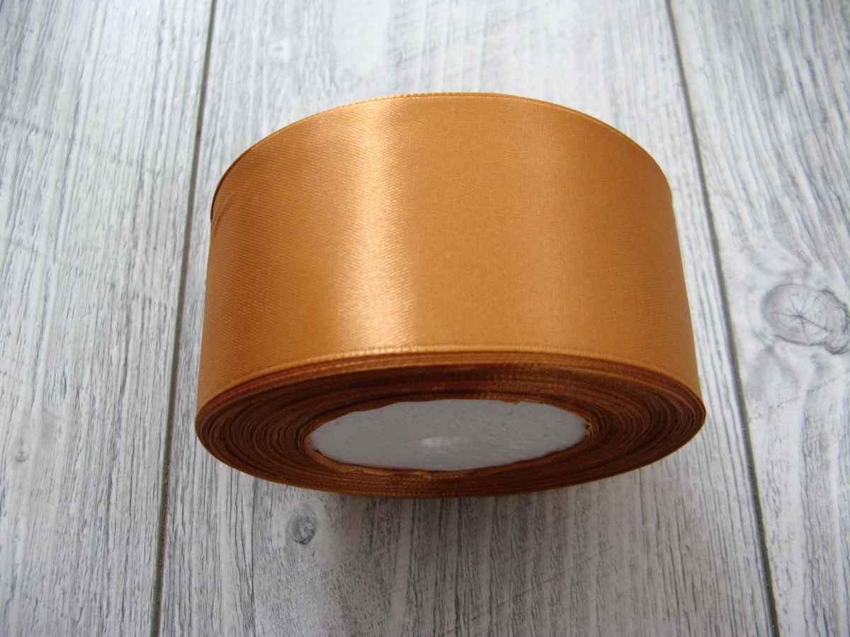 Saténová stuha zlatá - Gold 50mm x 32m obr.2 - evkakvety-eshop.eu