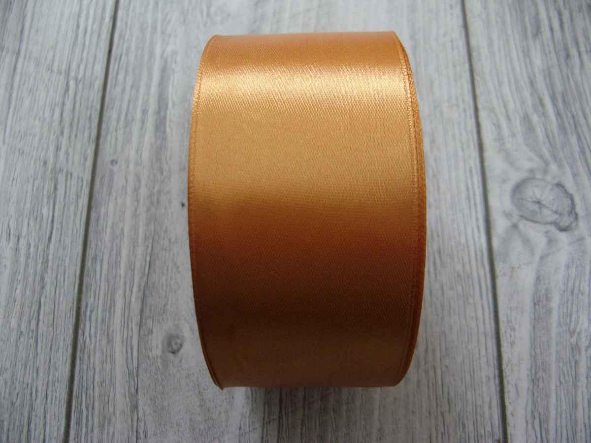 Saténová stuha zlatá - Gold 50mm x 32m obr.3 - evkakvety-eshop.eu