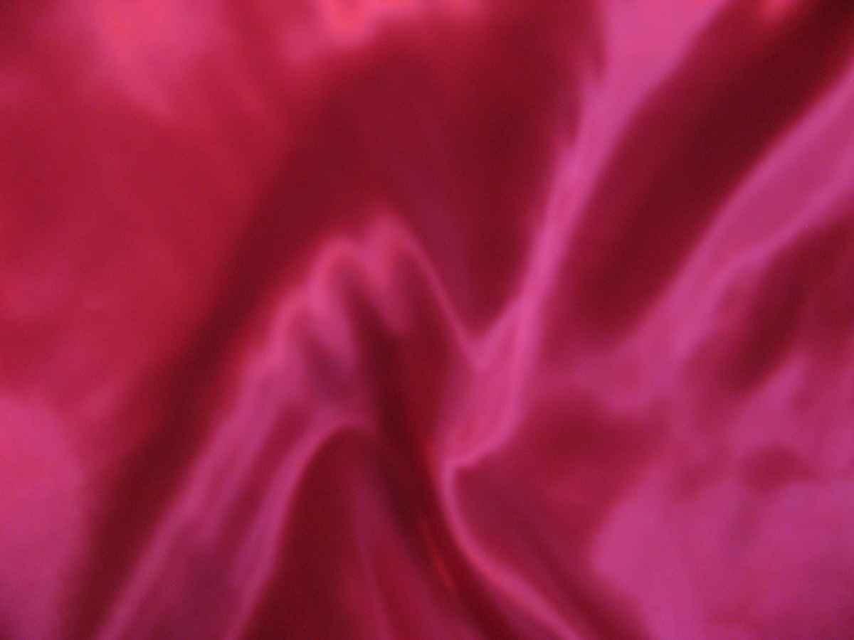 59 - červená - satén - evkakvety-eshop.eu