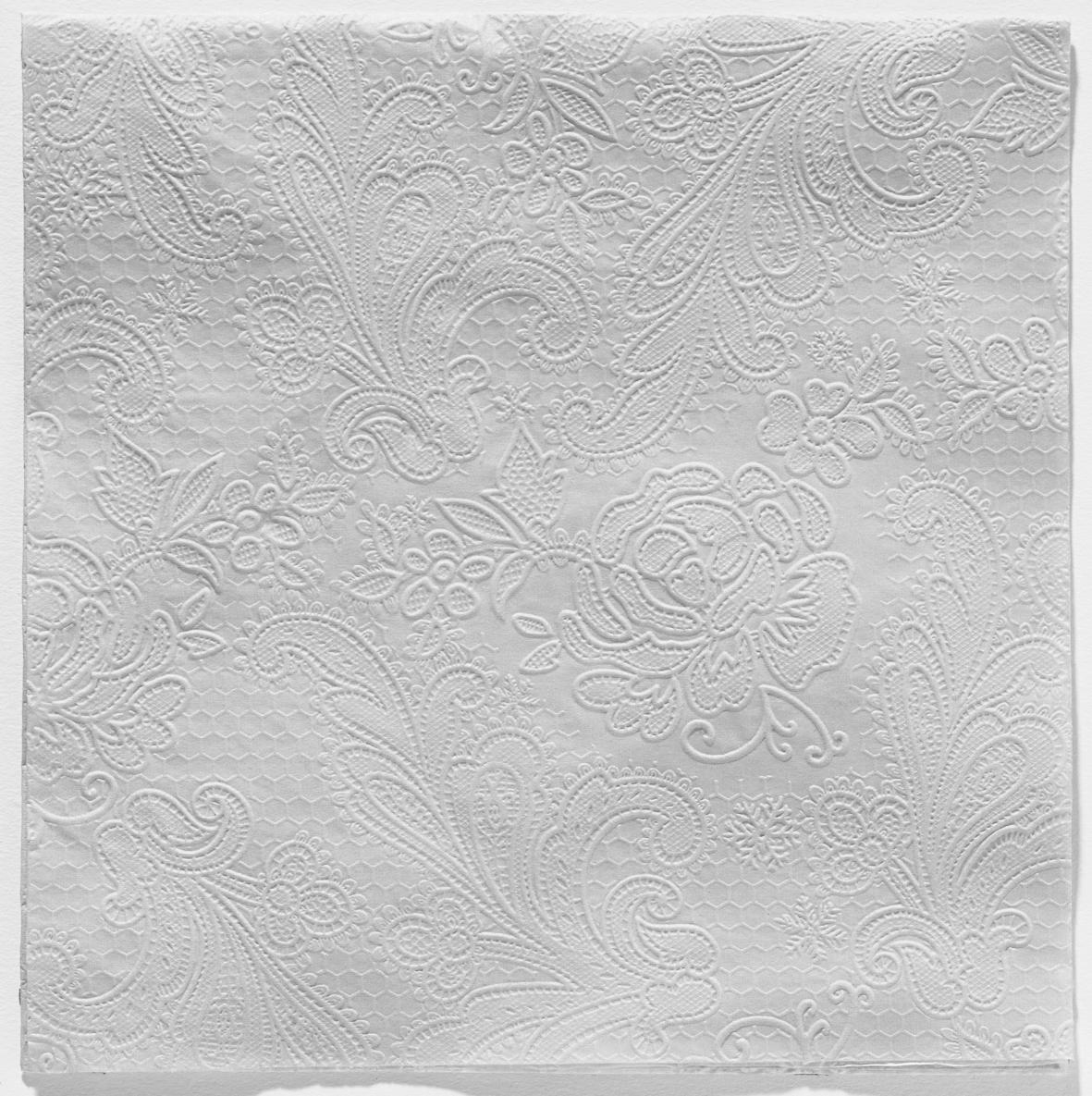 Reliéfna servítka s  motívom čipky – sivá – evkakvety-eshop.eu