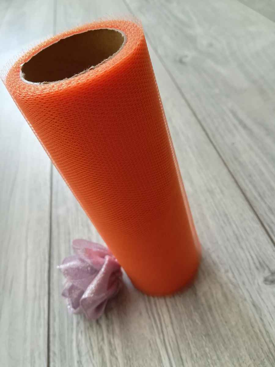 oranžový tyl obr.2 - evkakvety-eshop.eu