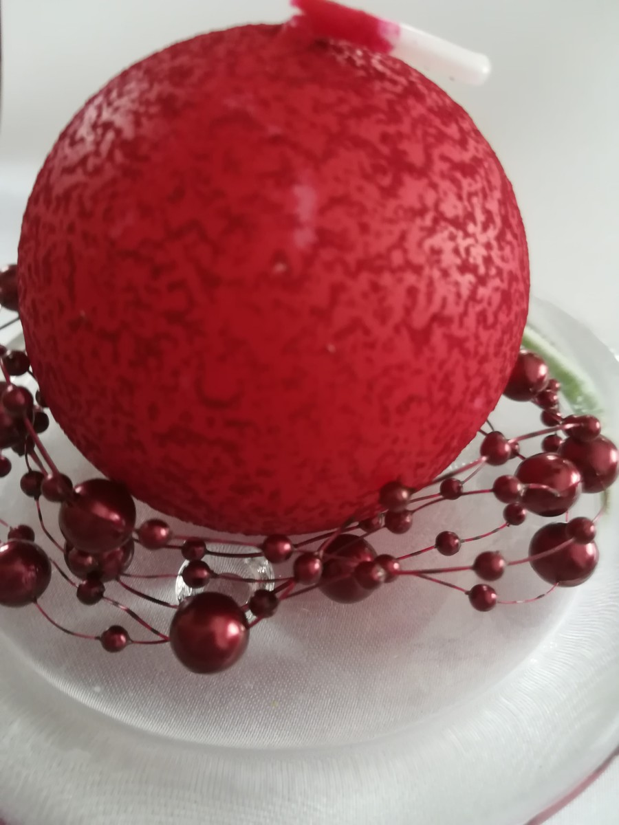 Perlová girlanda - bordová - Burgundy - evkakvety-eshop.eu