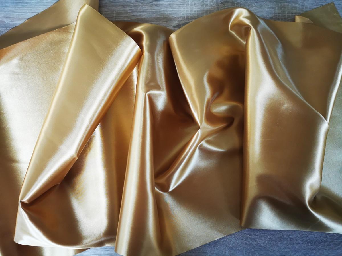 Satén - Zlatá - Gold - 47cm - evkakvety-eshop.eu
