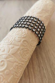 Reliéfne servítky krémové - Cream 33x33cm - evkakvety-eshop.eu