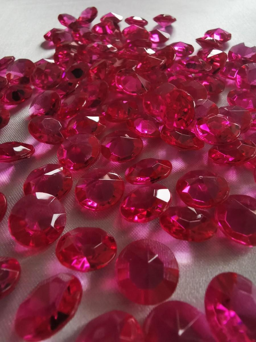 Dekoračné diamanty cyklámenové 12mm – evkakvety-eshop.eu