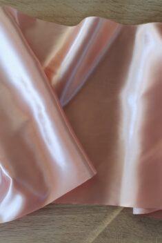 Satén - Svetlá broskyňová - Light Peach - 36cm - evkakvety-eshop.eu